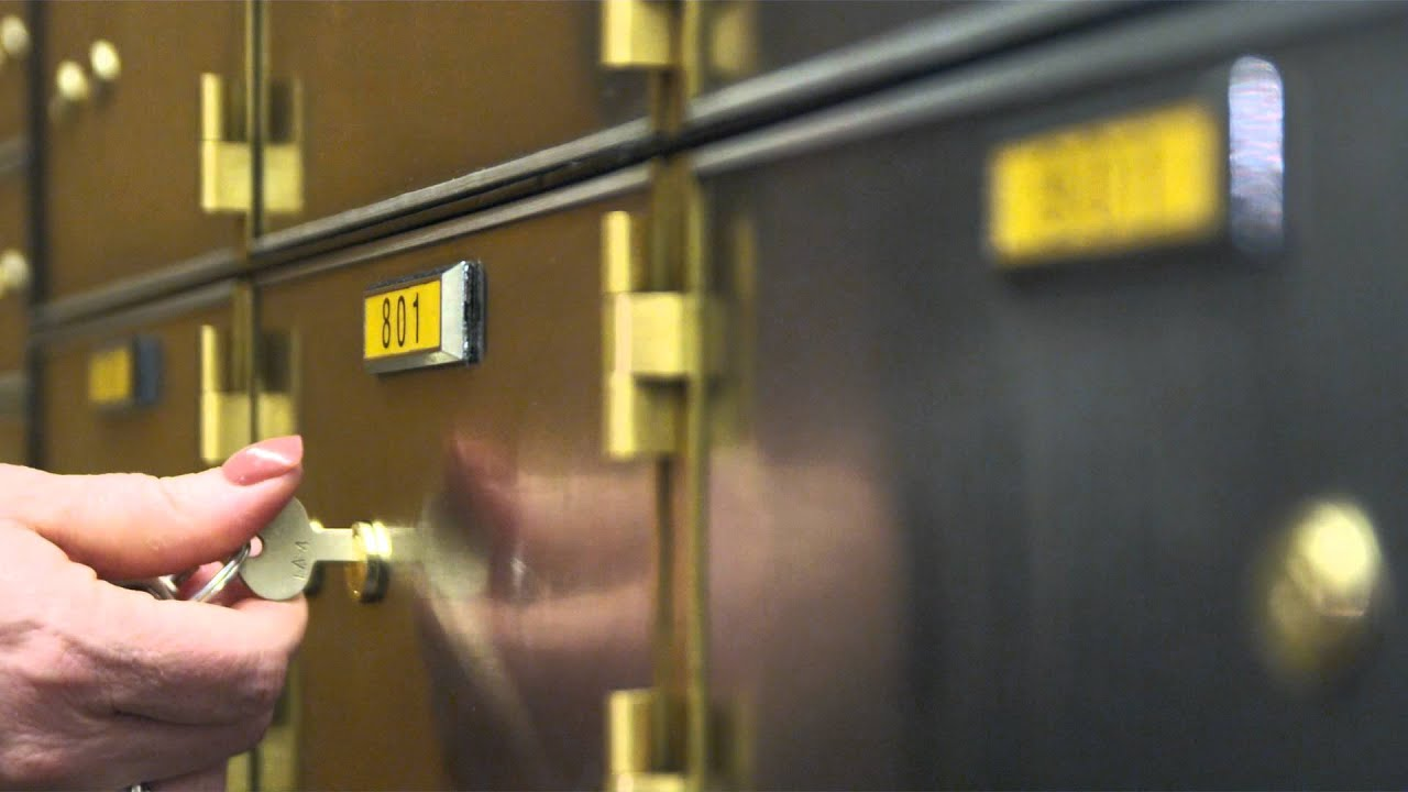 Items You Shouldn't Keep In A Safety Deposit Box